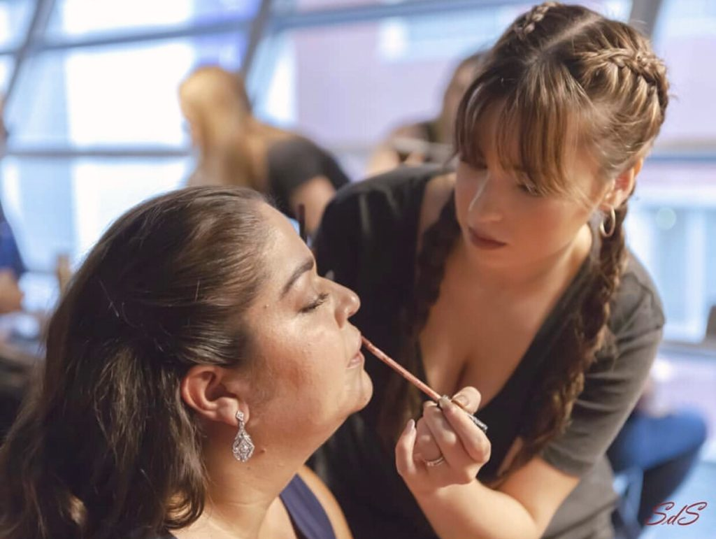 maquillaje desfile Miss Curvy en Wizink Center, Madrid